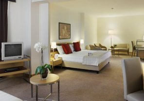 Hotel Golden Tulip Plaza Caserta