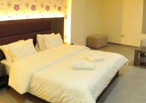 Le Six Resort Hotel