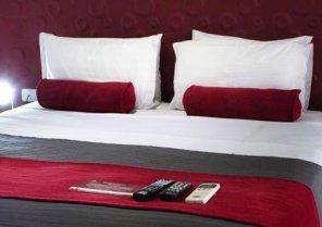 Florencia Plaza Hotel & Hostal