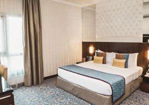 Raviz Center Point Dubai Hotel