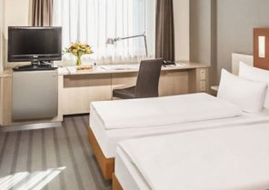 Hotel Essential by Dorint Berlin-Adlershof