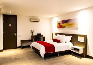 Hotel Loyds